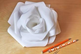 stiffened-fabric-rose2