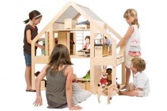 liliane-dollhouse2