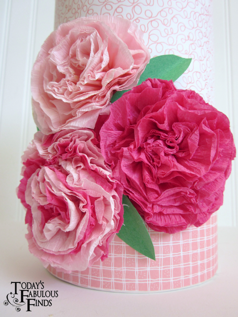 Les fleurs en papier de Today's Fabulous Finds