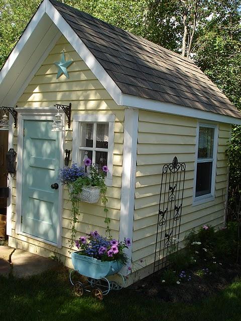 La cabane au fond du jardin - Cabane jardin atelier besancon ...