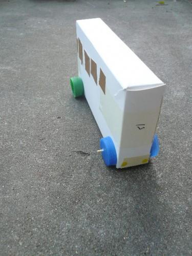tuto petite voiture en carton