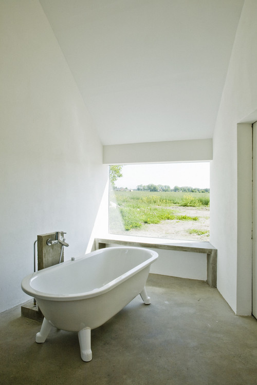 Summerhouse Skåne modern bathroom