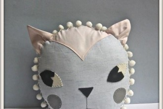 cat_cushion_clothandthread2