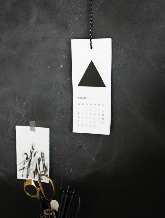 Free printable geometric calendar for 2013. Design Natasha Mileshina from Bubbo Tubbo // A MERRY MISHAP