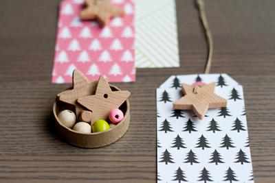 Printable Holiday Gift Tags and Star Charm DIY - DOTS COM FOR MOMS
