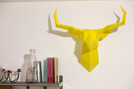 Tête de cerf en papier jaune FOLDEER