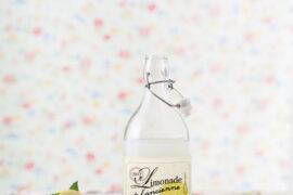 La limonade de fleurs de sureau / Plumetis magazine