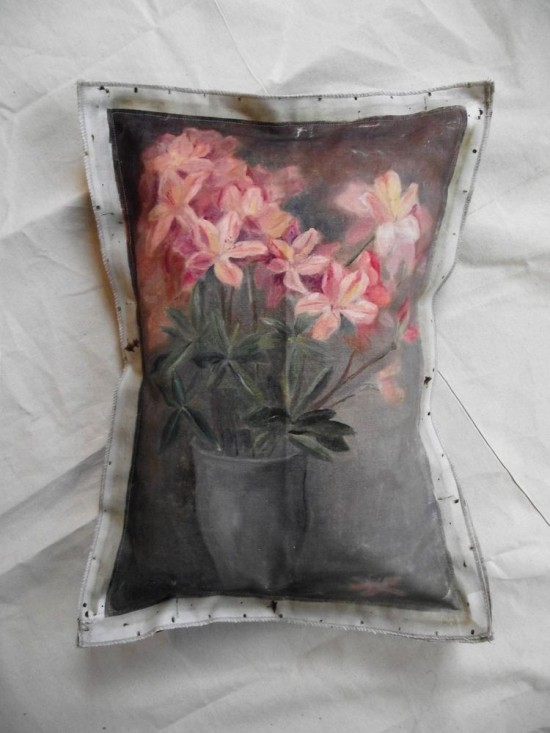 floral-painting-pillow-periwinkle_SWARM