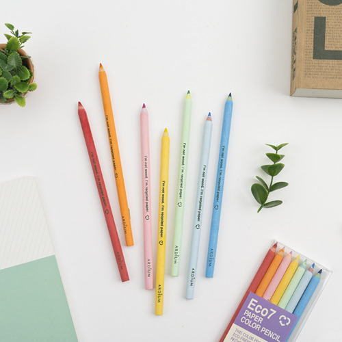 rainbow-pencils-designdada