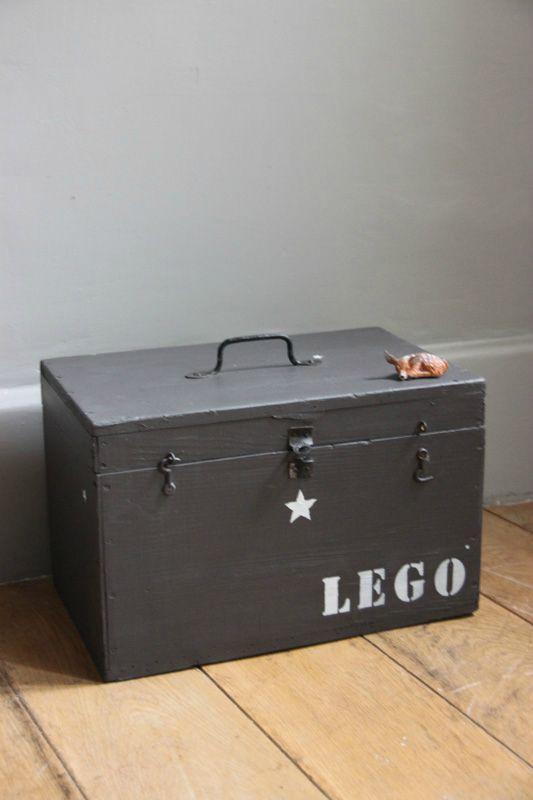 Franc touch : Caisse de rangement lego // Petite belette (vendue, pour l'inspiration et la boutique)