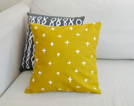 golden plus linen pillow from Cotton&flax