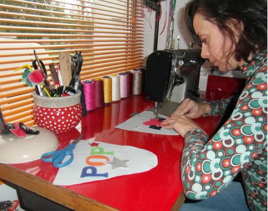L'atelier de Mélina, créatrice de Pepper Gum