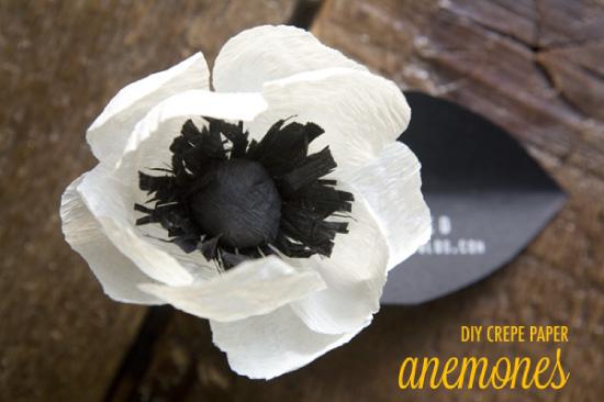 diy fleurs en papier coussins graines et sofa. Black Bedroom Furniture Sets. Home Design Ideas