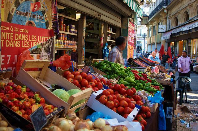 Marseille marché de Noailles 100