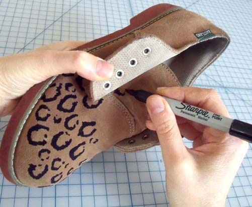 diy leopard derby