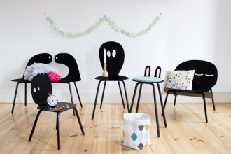 lunatiques-famille-de-chaises-heju-550x366
