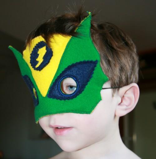 Masque de Super // Petit Karel