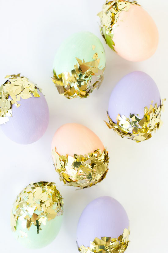 DIY Confetti Dipped Easter Eggs // STUDIO DIY