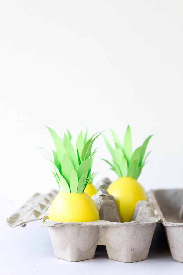 DIY Pineapple Easter Eggs // Studio DIY