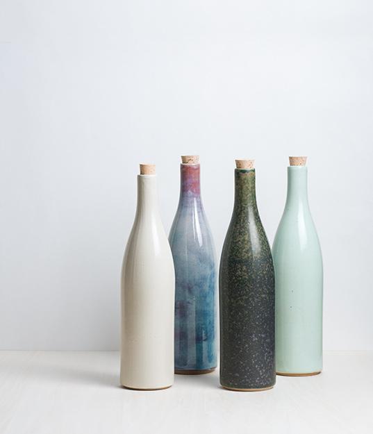 S>> // Ceramic bottle // analog life