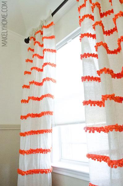 Pom Pom trim curtains DIY // Makelyhome