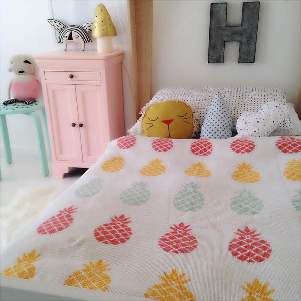 Pineapple Blanket // Spearmintlove