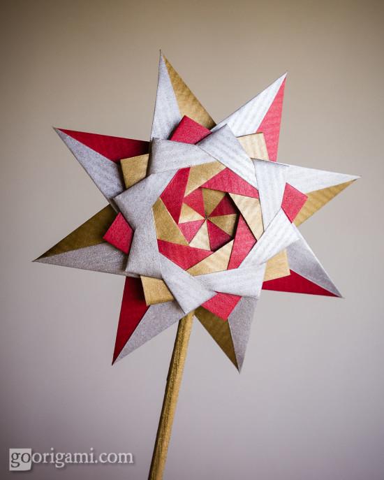 Braided Corona Star // Goorigami
