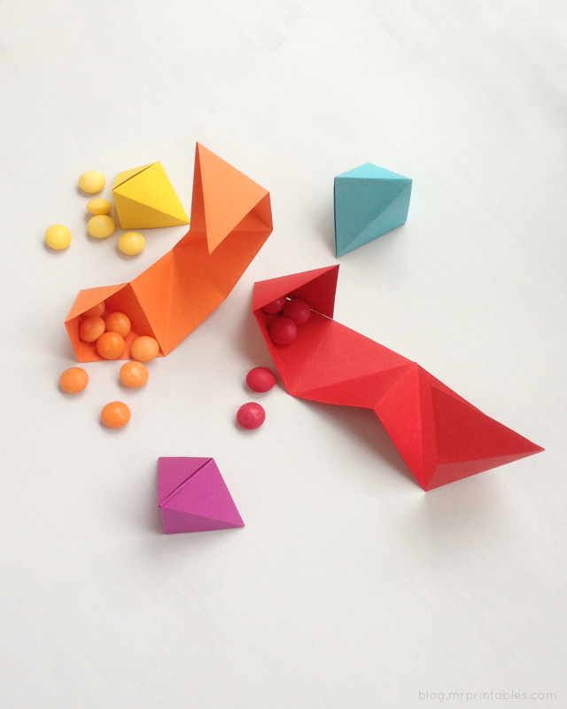 DIY-origami-party-favor // Mr Printables