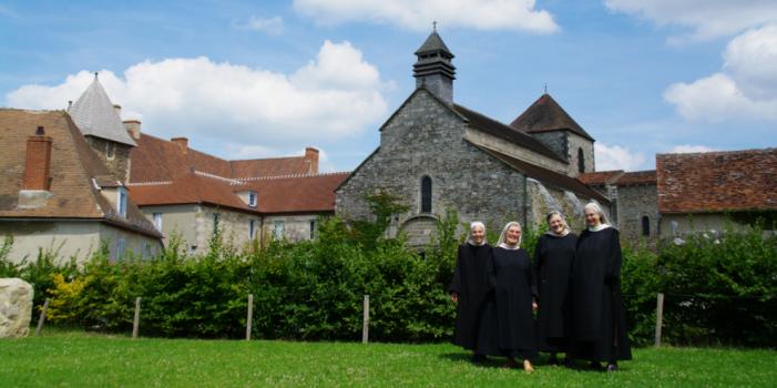 Eaux de Cologne / L'Abbaye de Chantelle / Muji