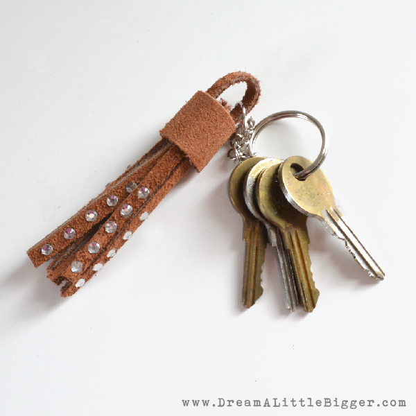 Leather-tassel-keychain-dreamalittlebigger