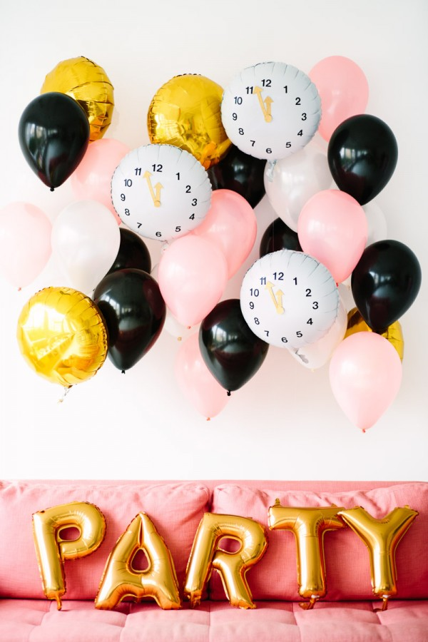 DIY-Clock-Balloons-for-New-Years-Eve - Studio DIY