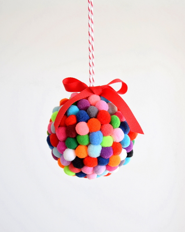 DIY-Pom-Pom-Ornament-northstory