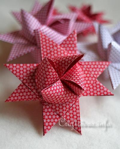 Froebel_Star - German_Christmas_Star // Craftideas