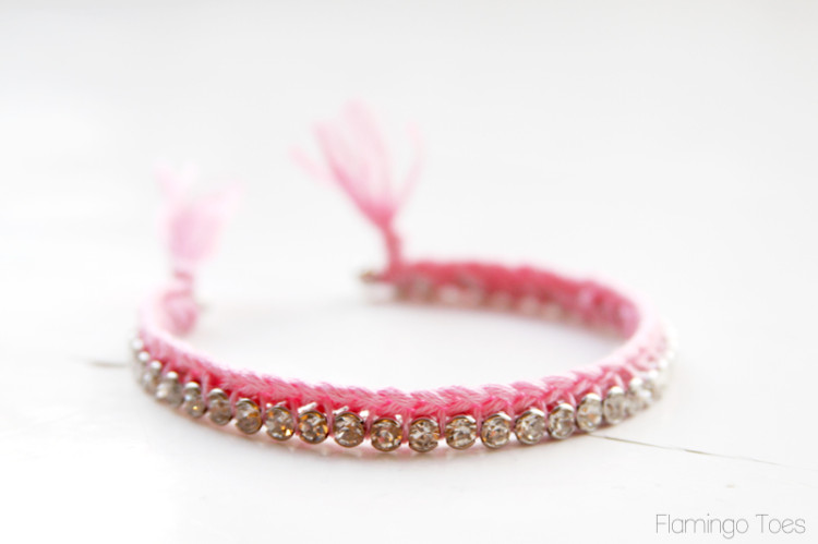 Pretty-Thread-and-Rhinestone-Bracelet-Flamingo toes