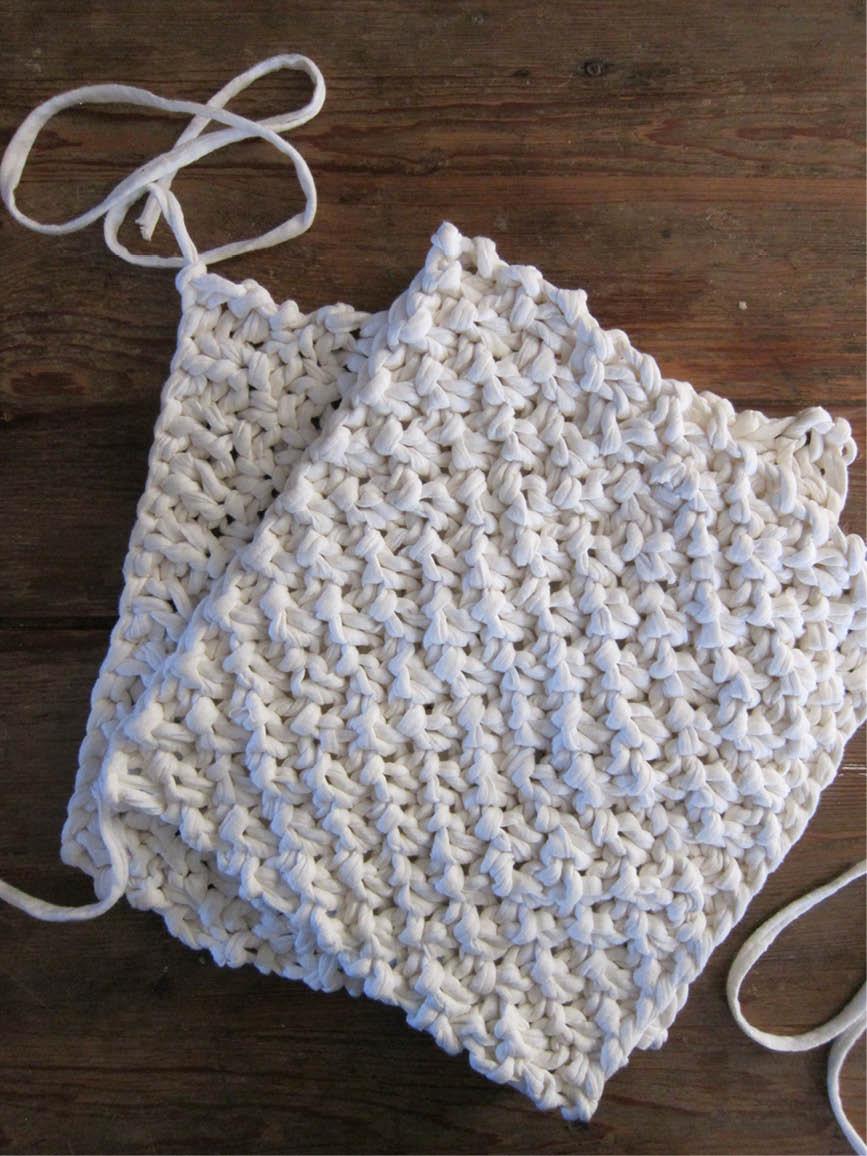 DIY : le coussin trapilho au point de blé