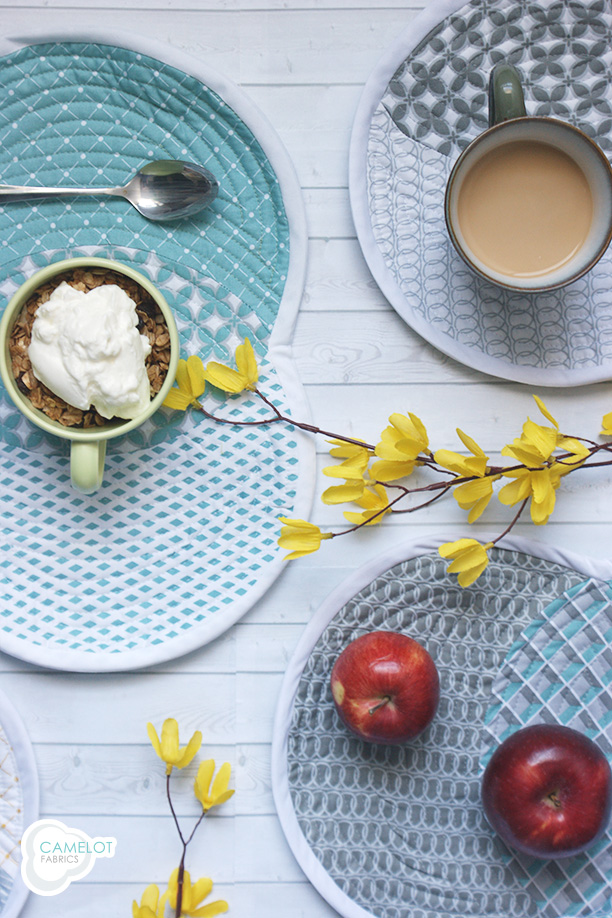 How To's Day: Venn Placemat Tutorial // The Design Studio Blog