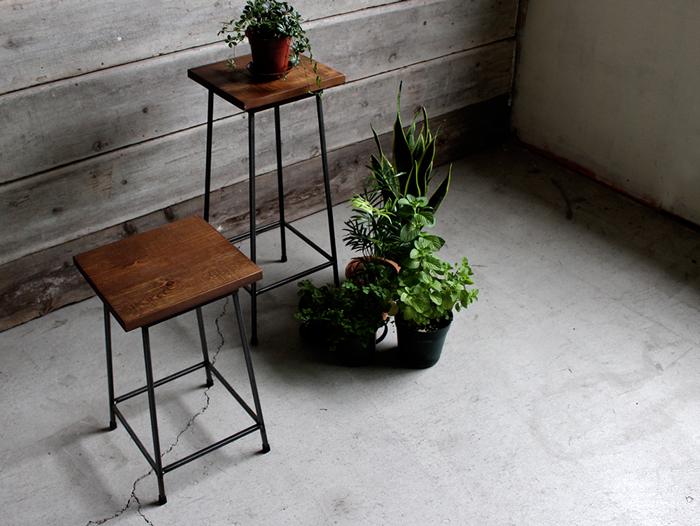 Iron stool-Iron high stool // A depeche