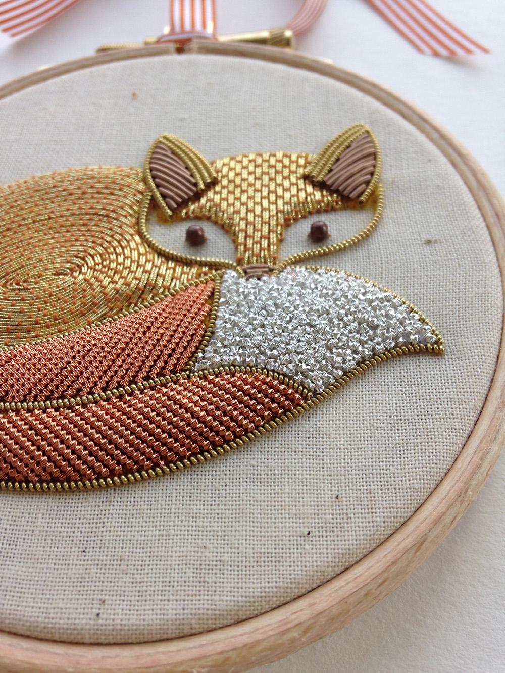 Délicieux Broderie Au Fil D Or #14: ... Broderie Du0027or Au Goût Du Jour ! Foxy -closeup // Royal School Of  Needlework