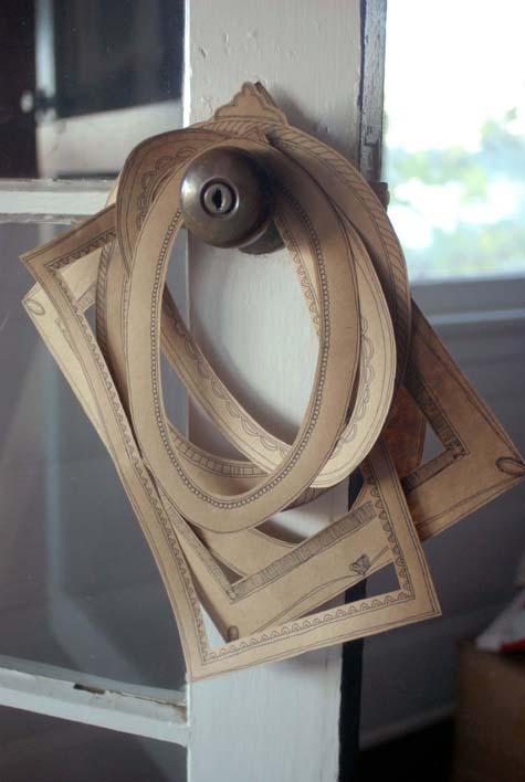DIY PROJECT: PAPER FRAMES // Design Sponge