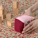 Cube en tissu par Gaëlle Yin