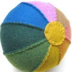 felt rainbow ball par Duofiberworks