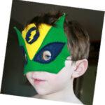 Le masque de super héros par Petit Karel
