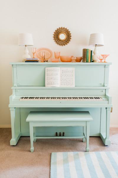 painted-piano // Stylemepretty