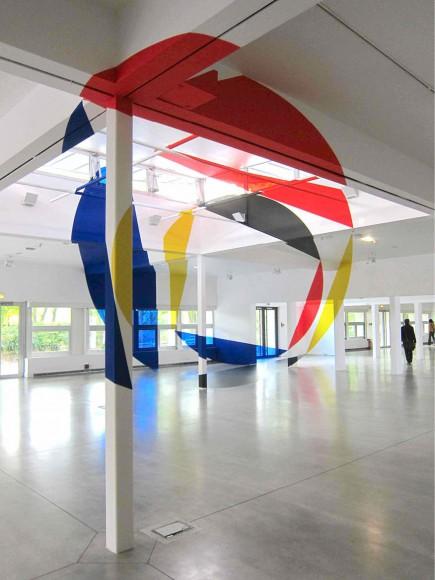 rouge-jaune-noir-bleu-entrelesdisquesetlestrapezes2