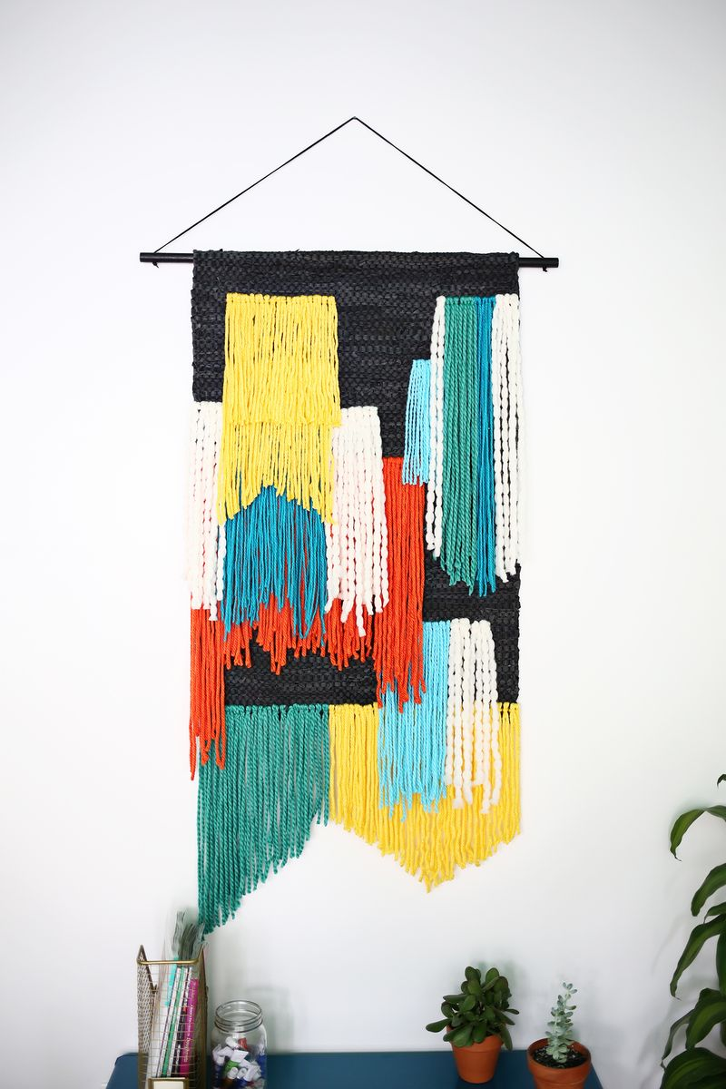 LARGE TAPESTRY WALL HANGING