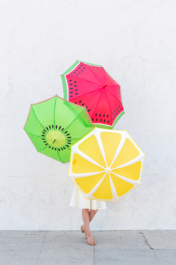 DIY-Fruit-Slice-Umbrellas