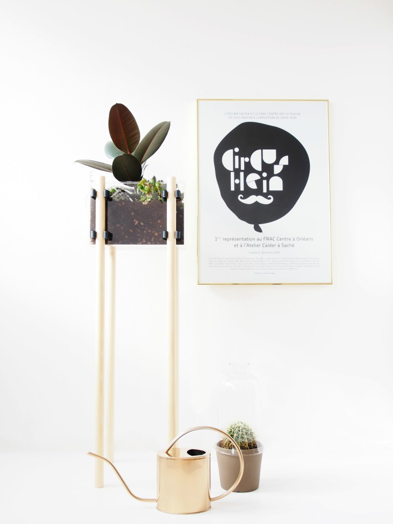 DIY-Raised-Display-Planter // Monstercircus