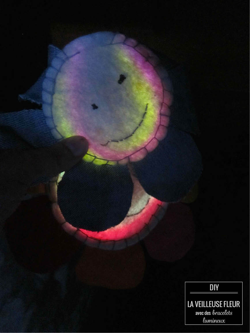 DIY felty nightlight // la veilleuse fleur