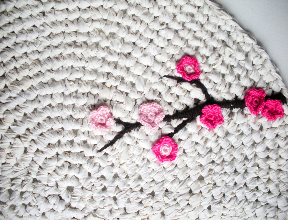 How To: Make An Upcycled Crochet Rug // Upcycle magazine