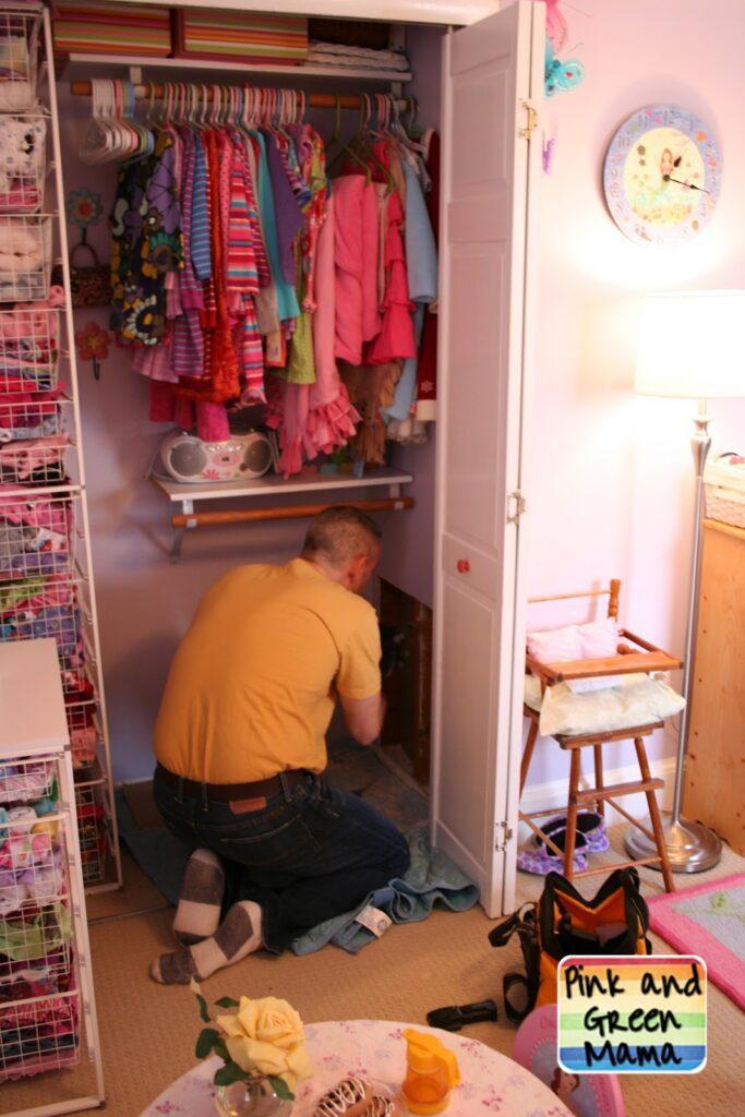 SECRET SISTER HIDEOUT - CLOSET TUNNEL BETWEEN CHILDREN'S ROOMS